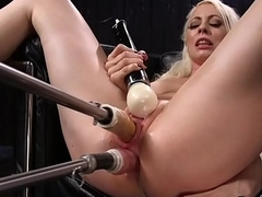 Tow-headed widens feet for pussy and anal playing