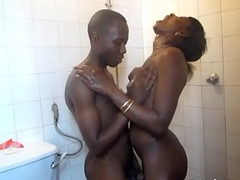 Real ghetto Africans obtain frisky round the shower3-5m-1