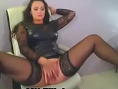 Erotic Ill-lighted Milf In Latex Fingers Clit On Livecam - MILFiliciouscams.com