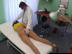 Cocksucking euro tyro bonks her doctor
